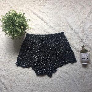 2/$20! Garage floral shorts